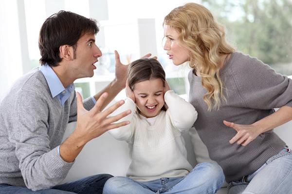 ปัญหาครอบครัว อาจเป็นหนึ่งในปัญหาใหญ่สำหรับเด็ก